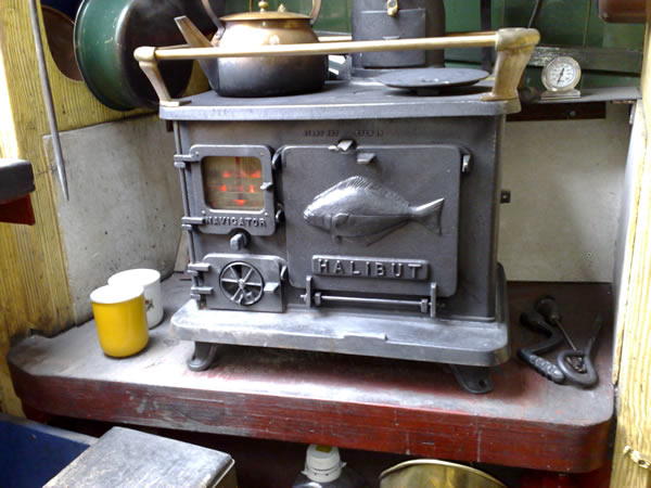 Halibut cookstove info specs for Most efficient small wood burning stove